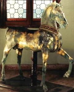 PiNO  Cavallo LIFE SIZE